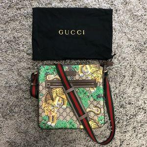 Gucci Messenger Bengal Print Bag